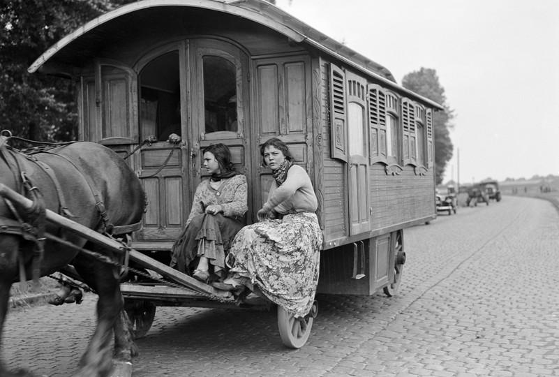 Sinti/Roma in Brussel, jaren 1930. Foto Jacques Herleven. Brussel / Bruxelles, KIK / IRPA- www.kikirpa.be